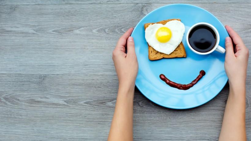 Сніданок – на кожен ранок, або з яких продуктів потрібно починати свій день , а від яких краще утриматись