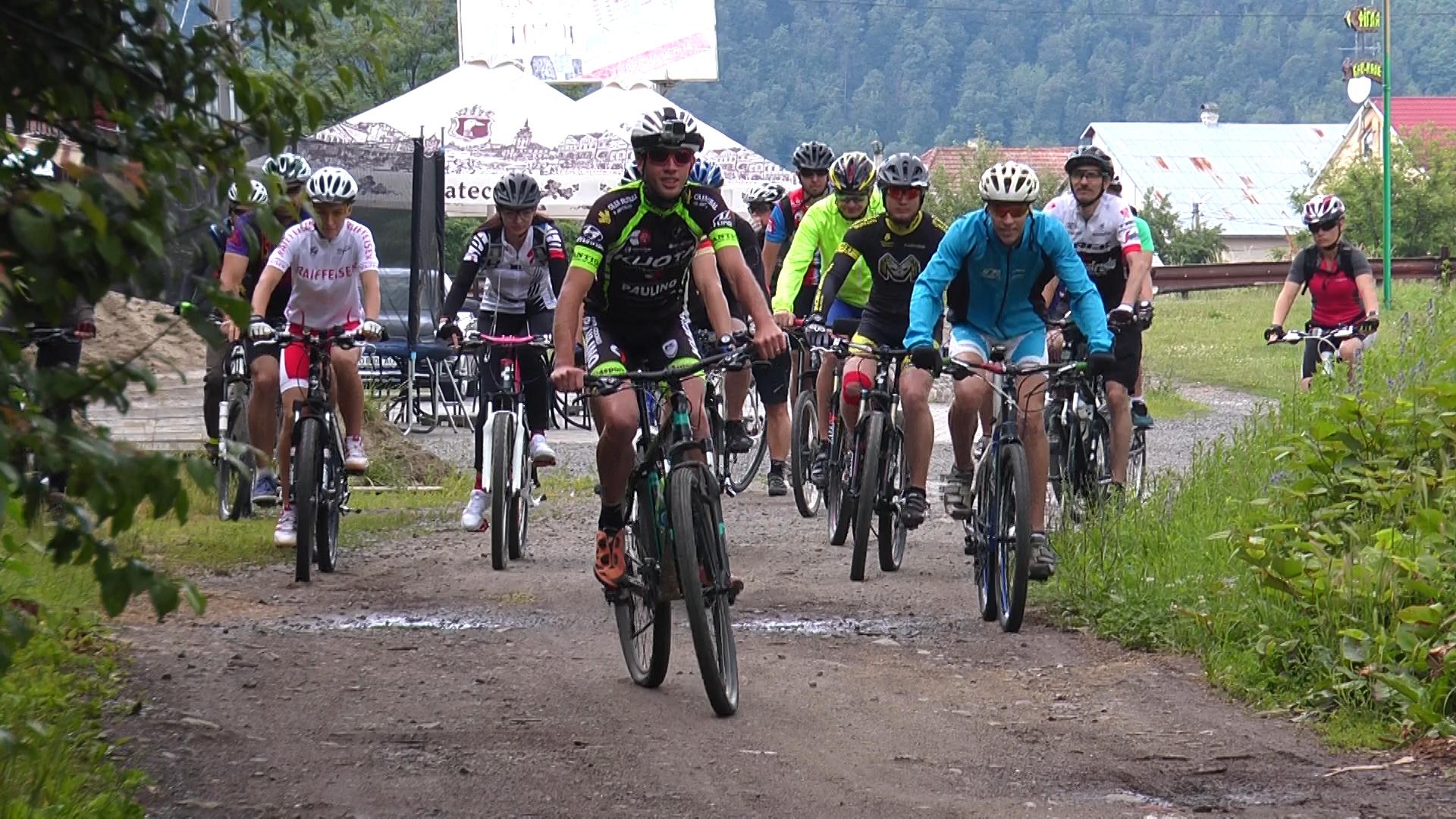 Мукачівські велосипедисти оглянули новий маршрут (ВІДЕО)