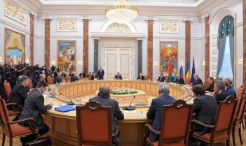 Відбулось чергове засідання Тристоронньої контактної групи по врегулюванню ситуації на сході України