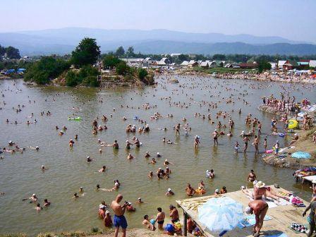 Які пляжі Закарпаття придатні для відпочинку?