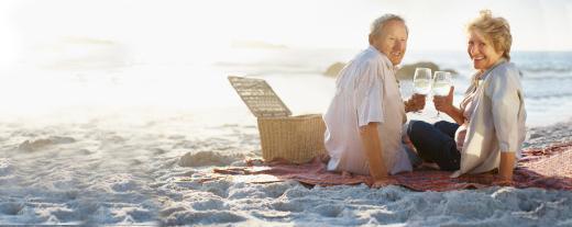 Хто в Україні отримує найбільші пенсії
