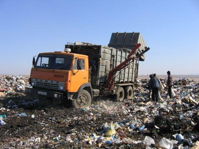 Місцеві ради Закарпаття офіційно відмовилися приймати сміття зі Львова