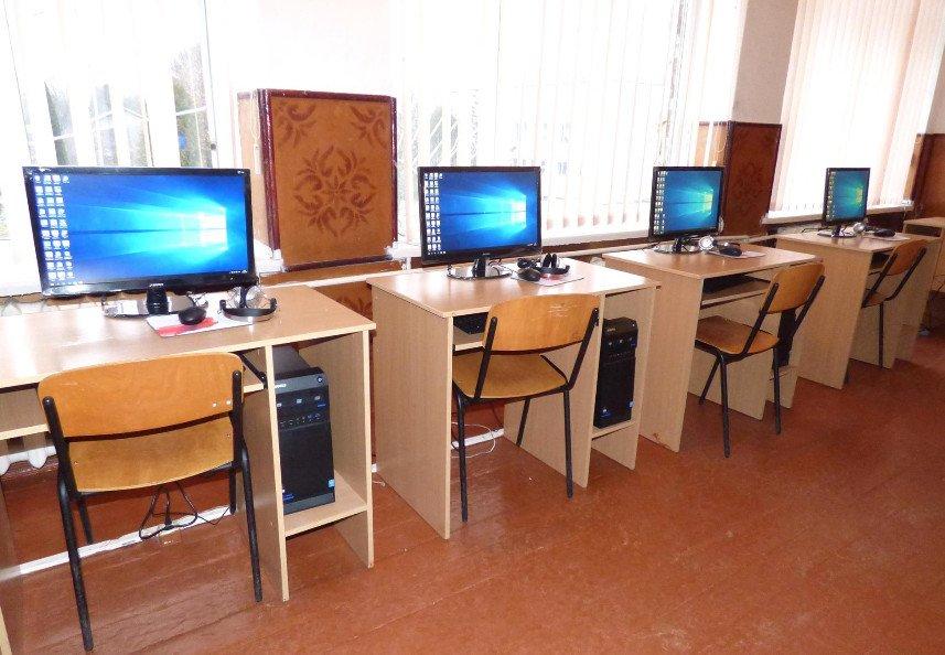 На Свалявщині обікрали школу