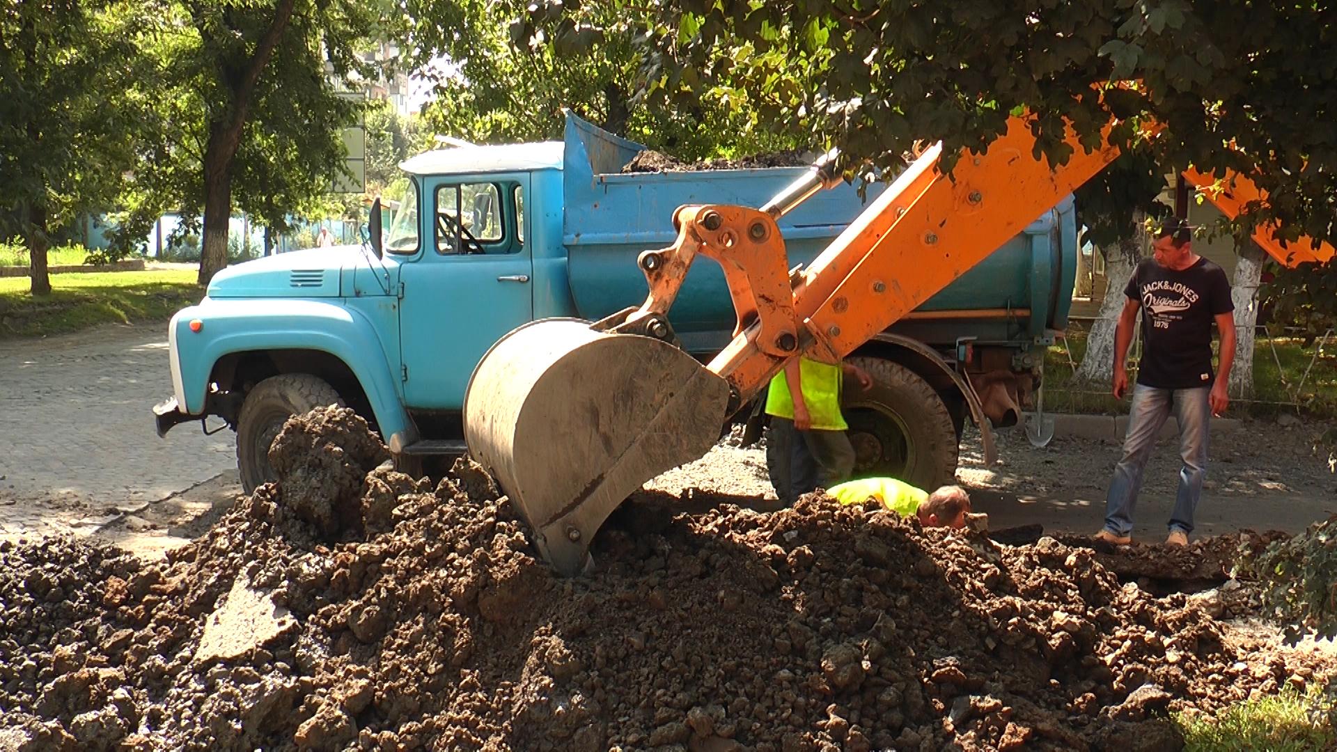 В Ужгороді відремонтовано найпроблемнішу ділянку водогону (ВІДЕО)