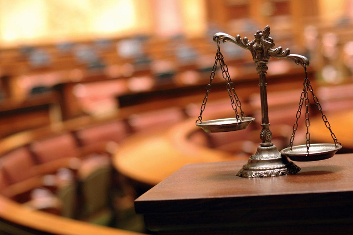 Медведчук подав до суду на Лещенко за наклеп