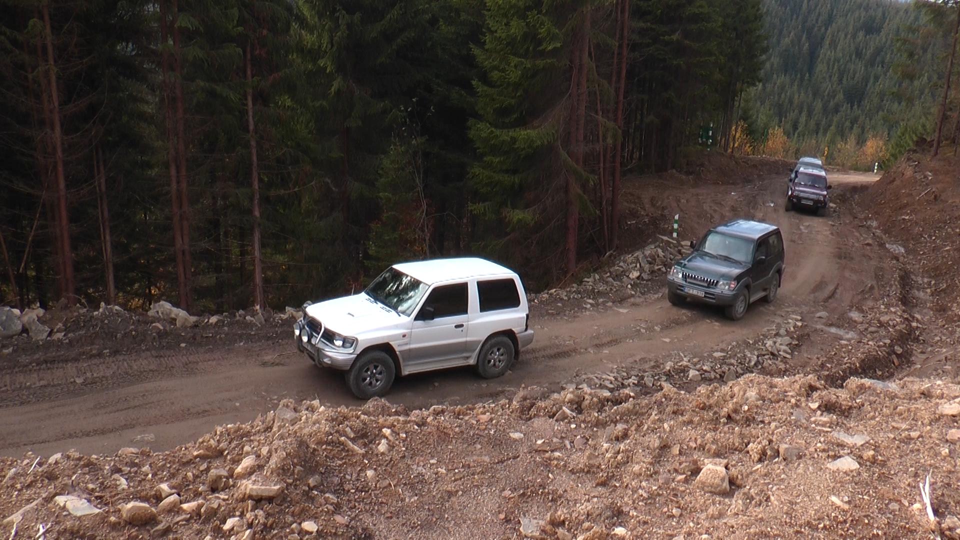 Закарпатський тест-драйв по новозбудованій лісовій дорозі та старій ім. Генерала Брусилова (ВІДЕО)