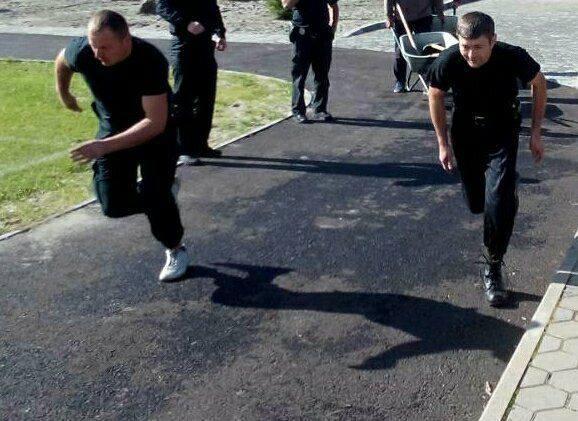 Поліцейських охорони Закарпаття перевірили на професійну підготовку