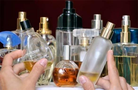 В Ужгороді поліція затримала крадійку парфумів