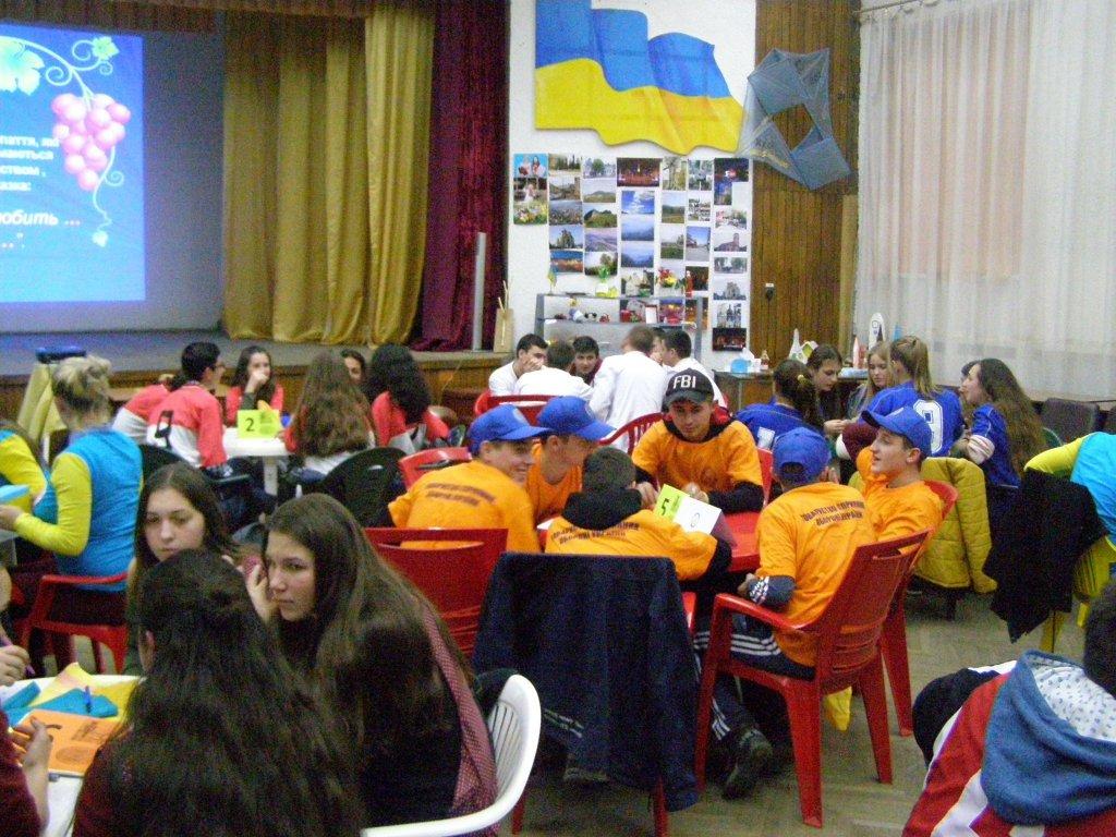 Хто самий розумний серед студентів в Хусті (фото)?