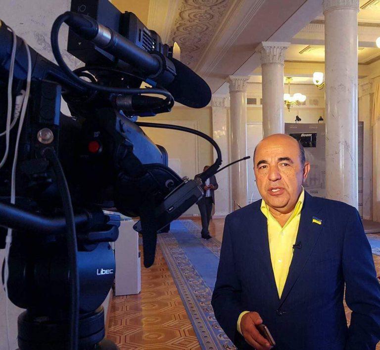 Рабинович: Нездоровий парламент веде антиукраїнську діяльність, знищуючи країну та народ