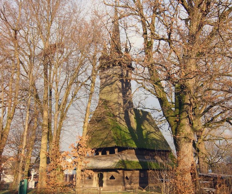 Дерев'яні церкви Закарпаття: Церква Св. Арх. Михаїла 1668