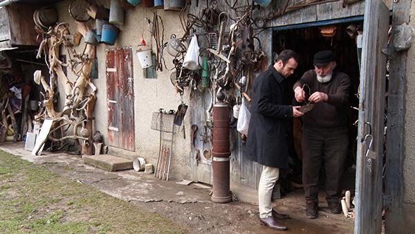 У селі на Тячівщині стоматолог створив унікальний музей (ВІДЕО)