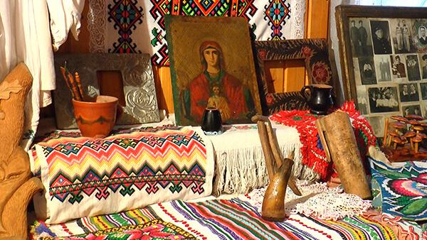 Музей раритетів, зібраних закарпаткою власноруч, приваблює туристів (ВІДЕО)