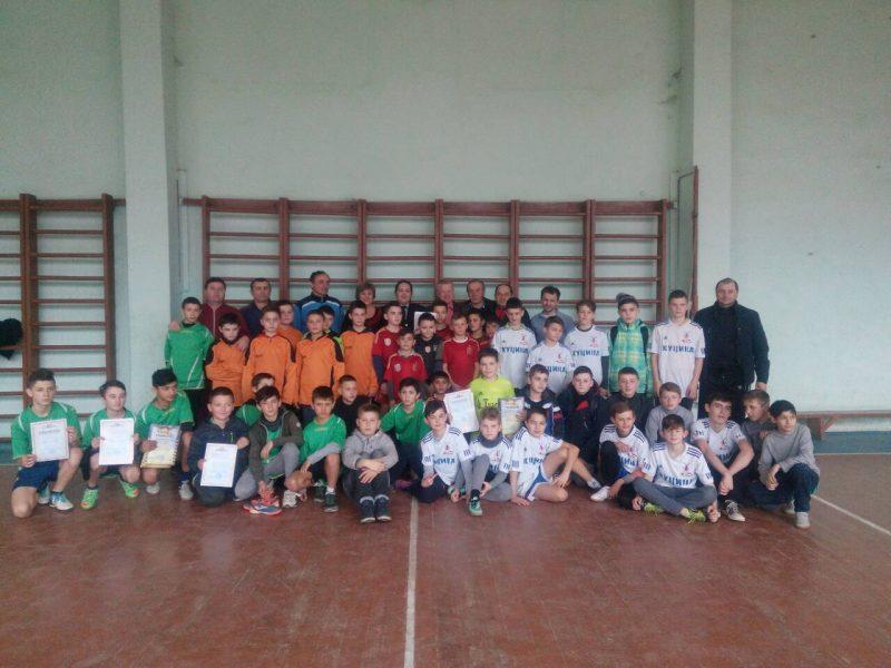 Поліцейські Тячівщини організували футбольний турнір для школярів