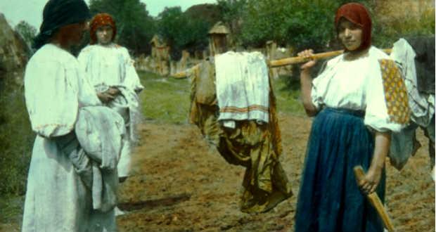 Цікаве Закарпаття: як жінки прали майже 100 років тому (фото)