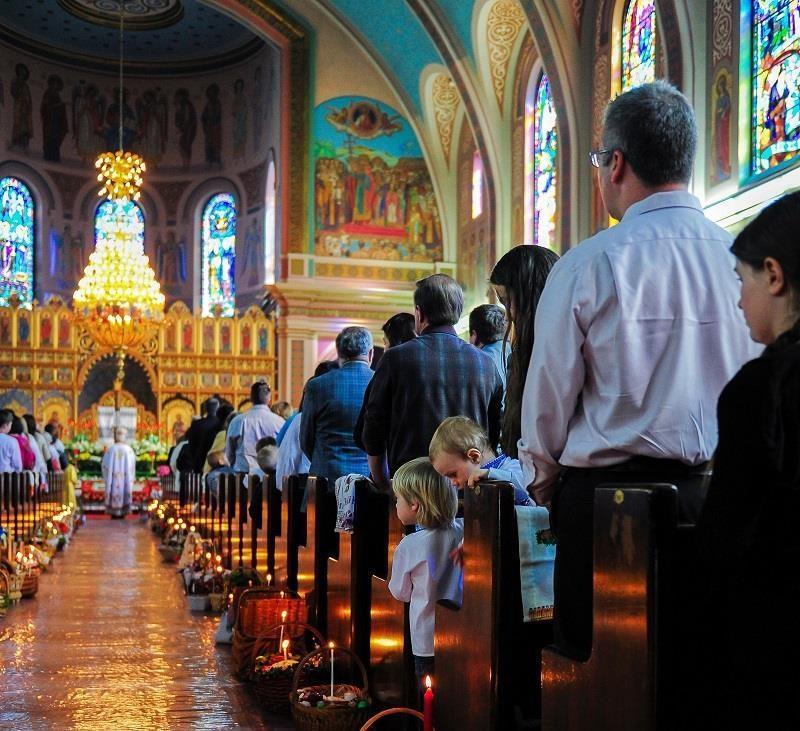 Як відзначають Великдень закордонні закарпатці?