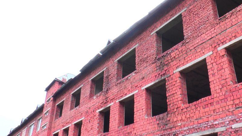 В Міжгір'ї вимагають оновлення недобудованого корпусу школи (ВІДЕО)