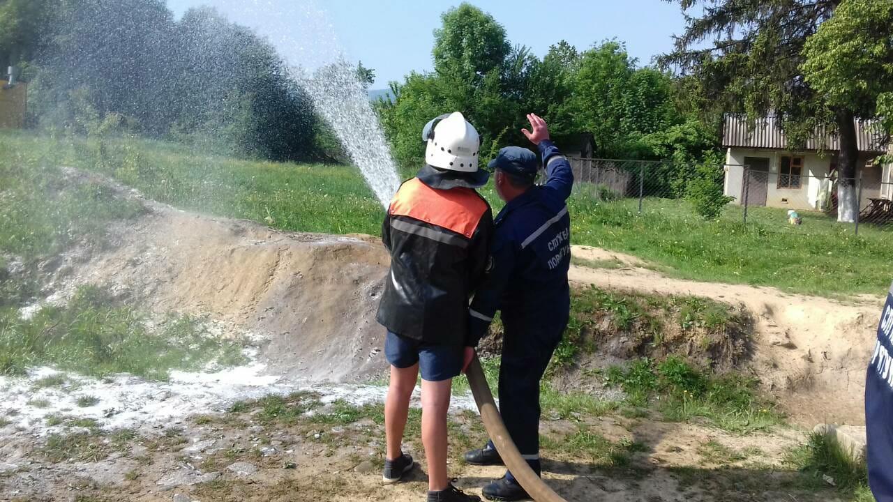 На Свалявщині рятувальники влаштували тест-драйв обладнання (ФОТО)
