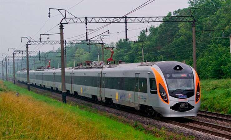 Коли закарпатцям чекати запуск поїзда «Мукачево-Будапешт»