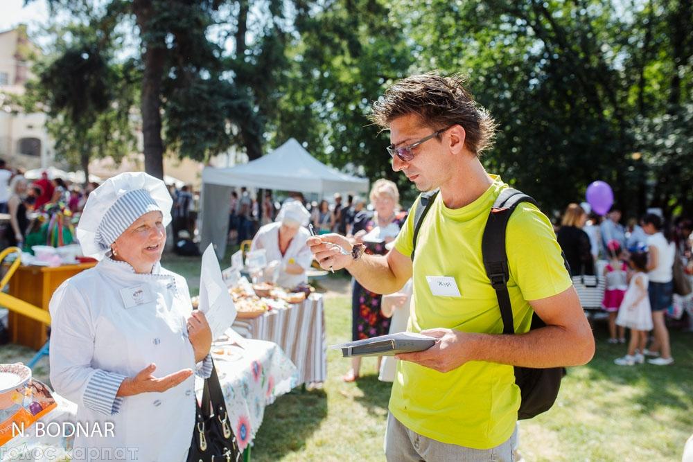 В рамках Дня захисту дітей, в Ужгороді відбувся кулінарний фест