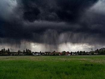 На Закарпатті оголосили штормове попередження, - синоптики