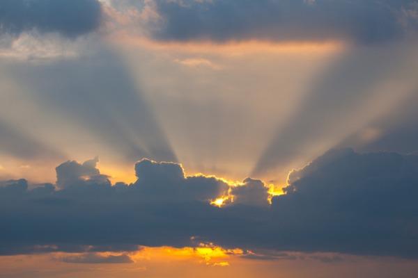 Прогноз погодя 19 липня: на Закарпатті хмарно з проясненнями, дощитиме