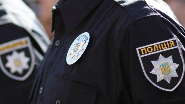 """В Ужгороді чоловік """"подарував"""" поліції п'яного водія з Перечина (ФОТО)"""
