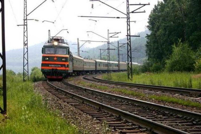 """""""Подарунок"""" для закарпатців: квитки на потяги подорожчають більш ніж в два рази"""