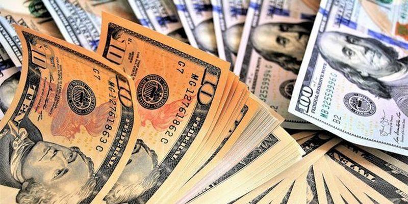 Курс валют 9 липня: долар та євро дещо впали за вихідні