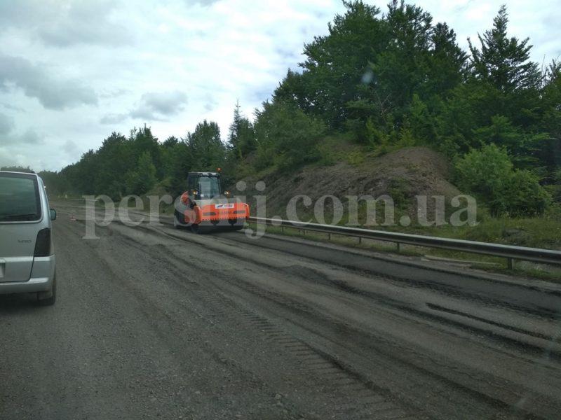 Абранський перевал: ремонт траси триває