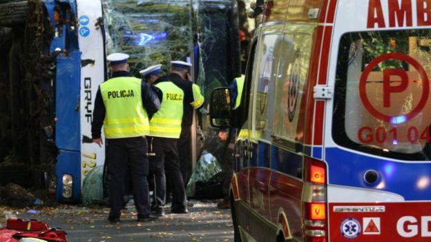 Троє загинули, 41 – у лікарнях: наслідки ДТП з українськими туристами у Польщі