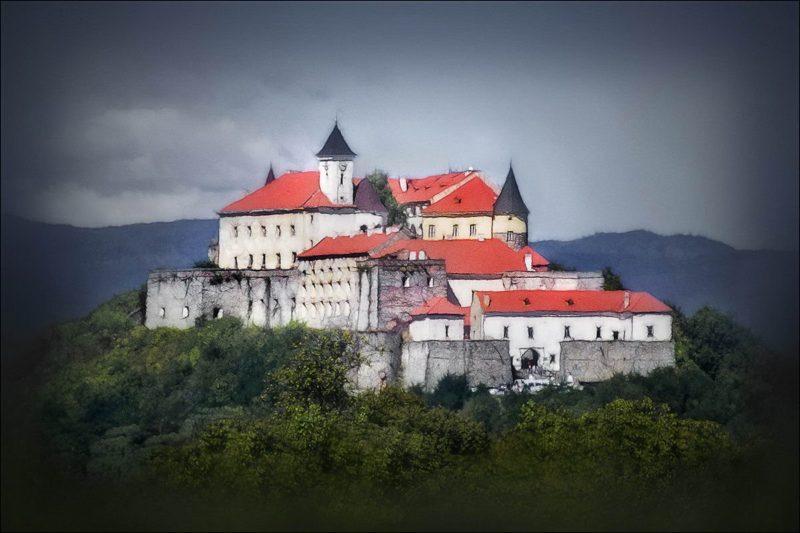 Історії мукачівського замку Паланок – легенди королівств та імперій на Закарпатській землі