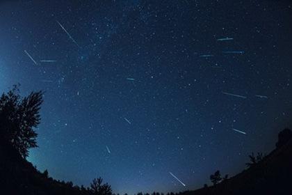 """Закарпатці зможуть насолодитися видовищем """"метеоритного дощу"""""""