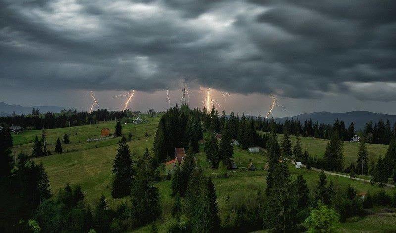 Синоптики попереджають про погіршення погодних умов та похолодання на Закарпатті 22-23 вересня