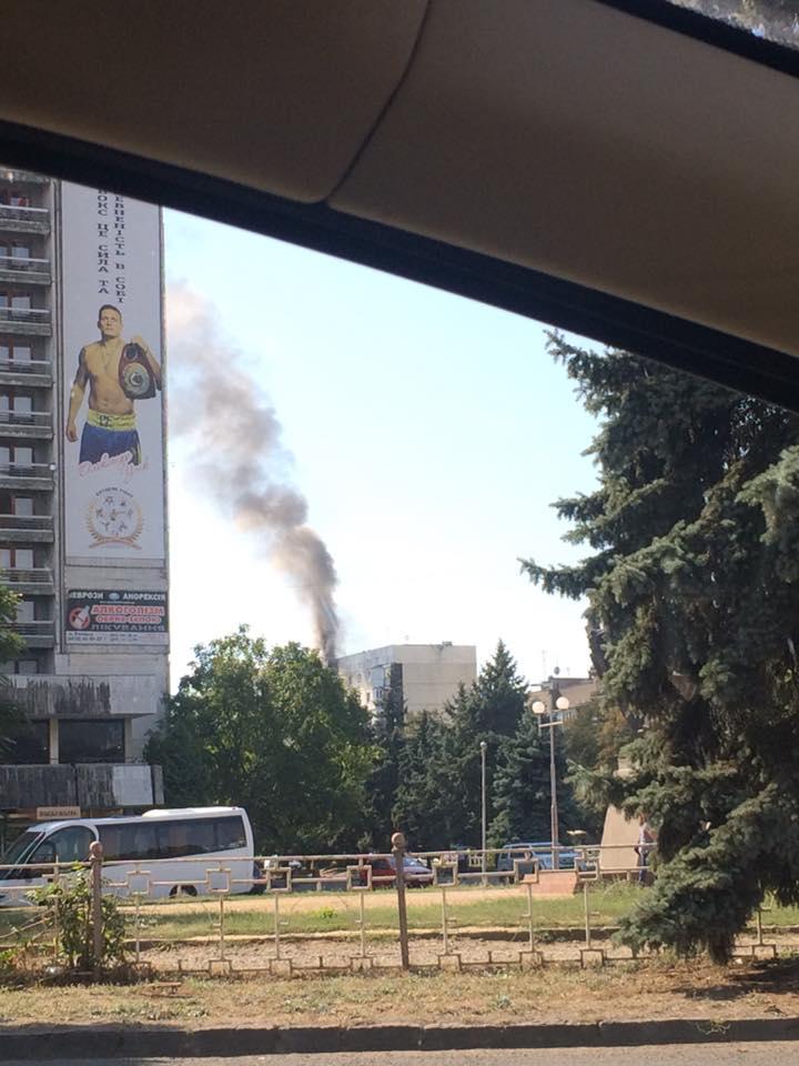 В Ужгороді на пожежі в поверхівці виявили труп