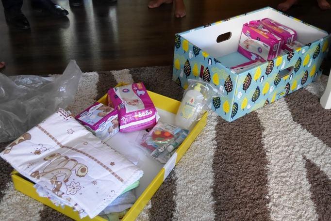 Коли в пологових будинках Закарпаття почнуть видавати обіцяні «пакунки малюка»
