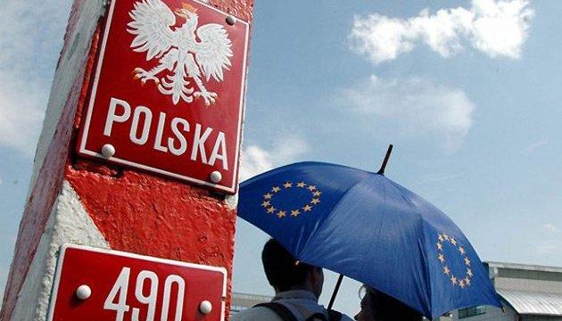 Польські роботодавці панікують: кількість заробітчан з України різко зменшилась