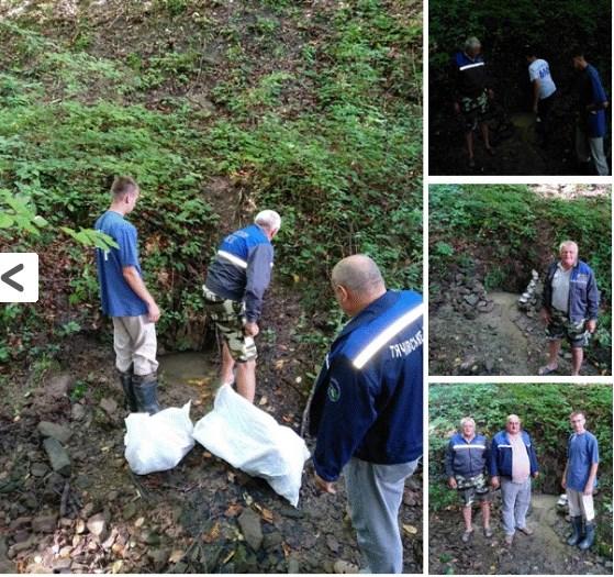 На Закарпатті в селі Дулово джерело перетворили на сміттєзвалище (ФОТО)
