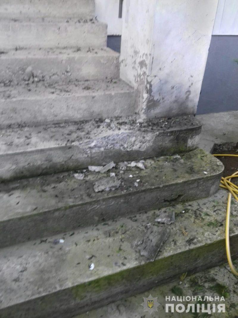 Поліція розповіла деталі вибуху у Виноградові (ФОТО)