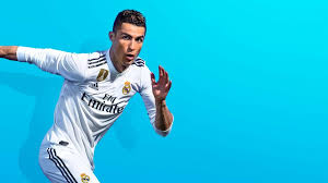 FIFA 19: Кріштіану Роналду отримав перший у світі примірник гри