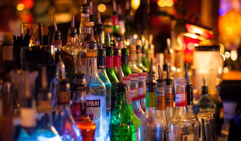 До уваги водіїв: допустимі 0,2 проміле – скільки грамів чи келихів алкоголю можна вжити