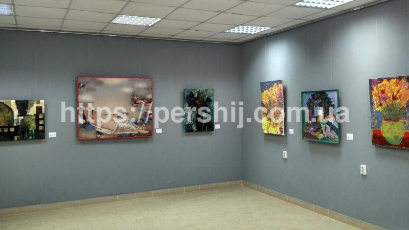 У мистецькій галереї Виноградова презентували виставку робіт художників з чотирьох країн Європи (фото)