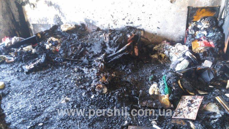 Стали відомі нові подробиці пожежі в Ужгороді. Виявлено обгоріле тіло людини (ФОТО+ВІДЕО)
