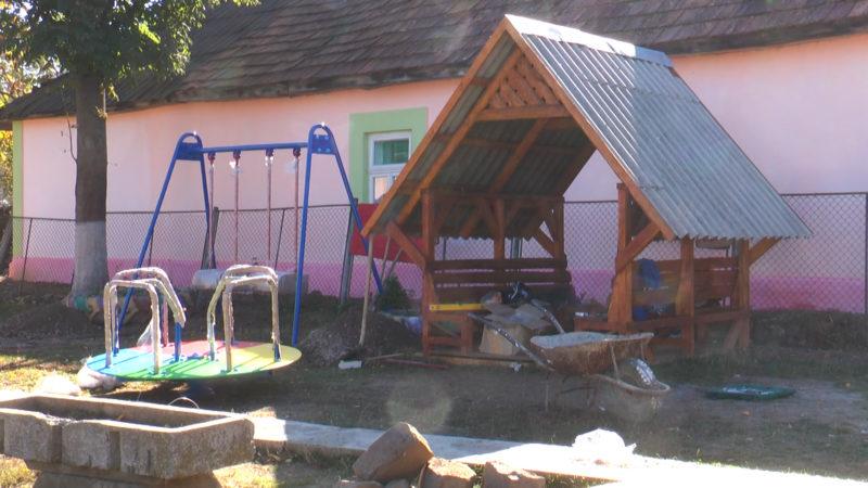 У дитсадках Сваляви встановлять ігрові майданчики (ВІДЕО)