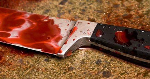 Встромив ножа у груди: на Закарпатті чоловік позбавив життя власну жінку