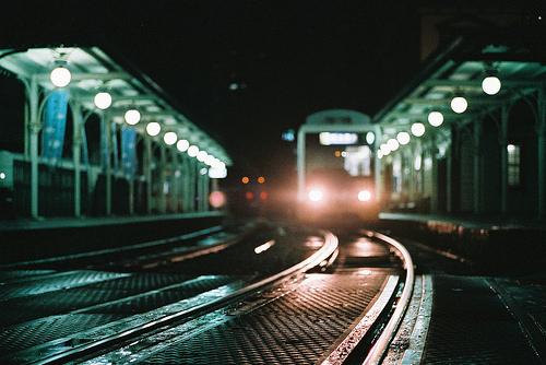 Моторошний суїцид: на Закарпатті чоловік кинувся під потяг