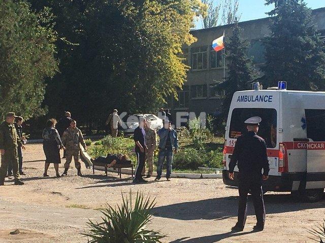 Жахаючий теракт в Керчі: з'явилися нові подробиці стрілянини і вибуху в коледжі та інформація про вбивцю і загиблих (ФОТО, ВІДЕО)