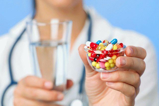 Вчені назвали небезпечні антибіотики, від яких можна осліпнути