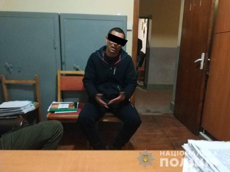 """Закарпатські """"Боні і Клайд"""" обчистили будинок у Виноградові (фото)"""