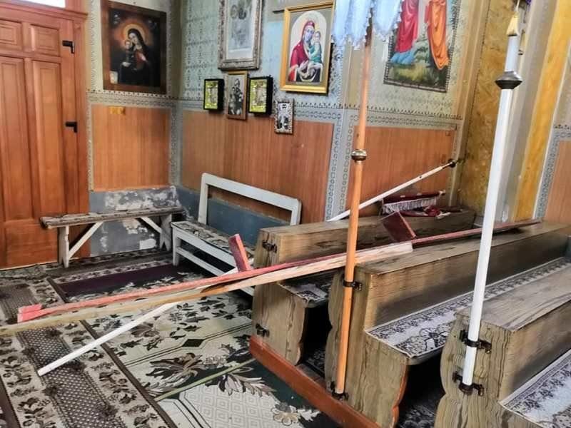 На Закарпатті обікрали Божий дім (ФОТО)